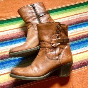 Clarks | Brown Leather Boots | 9.5
